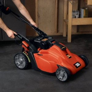 46d7dfade0 Black and Decker SPCM1936 cordless lawn mower  self-propelled with ...